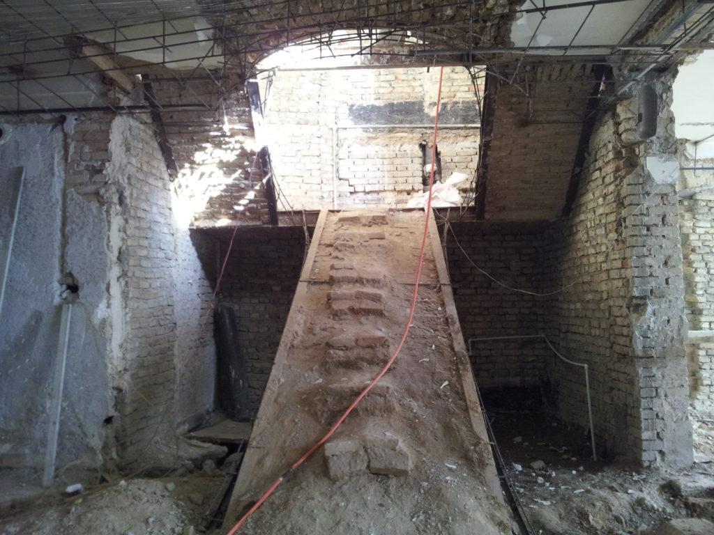 بازسازی ساختمان قدیمی
